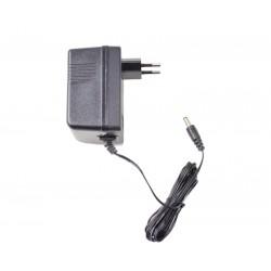 Zasilacz impulsowy 12V 1,0 A 2,5/5,5 pasujący do większość pojazdów na akumulator